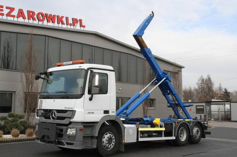 Mercedes-Benz 6x2 ACTROS 2536 E5 ROLL OFF TIPPER HOOKLIFT SKIBIC