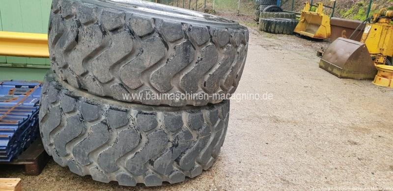 Michelin 26.5 - R 25 XHA Reifendecken