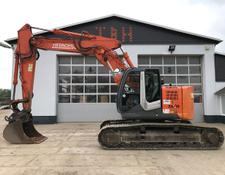 Hitachi ZX 225 USLC-3 optional mit Oilquick OQ 70/55