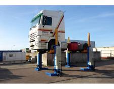 Mercedes-Benz Actros 4 column lift