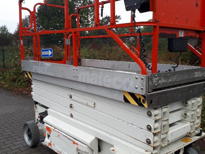 JLG 3246 ES Platforms - electric boom scissor lifts Used in 46519 Alpen,  Germany (5066344) - baupool.si