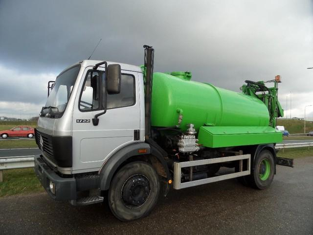 Mercedes-Benz 1722 4x2 vacuumtruck