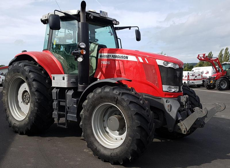 Massey Ferguson MF 7626 Exclusive mit Lenksystem